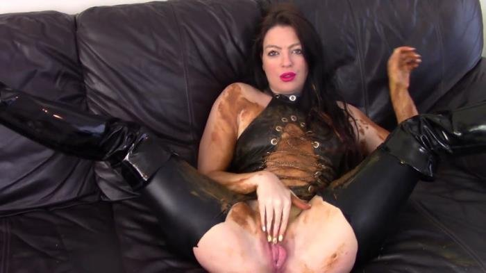 Messy Shit Smear On The Leather Couch [FullHD 1080p]  2018 (Actress: Evamarie88)