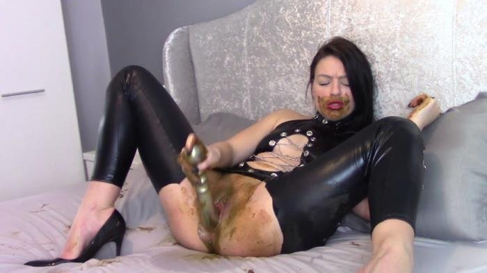 Fuck My Shitty Pussy With My Mouth Smeared With Shit [FullHD 1080p]  2018 (Actress: evamarie88)