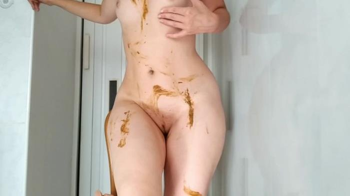 Sexy pooping on dildo playing and smearing [HD 720p]  2018 (Actress: NastyGirl)