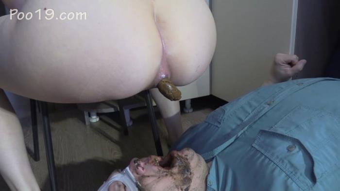 Lick my feet and swallow my shit [FullHD 1080p]  2019 (Actress: MilanaSmelly)