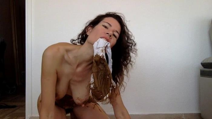 Pooping in my new white panty [HD 720p]  2019 (Actress: nastymarianne)