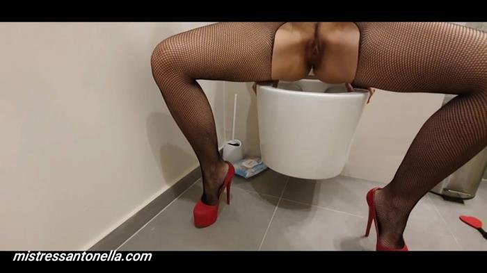 Sexy teasing with caviar and champagne [FullHD 1080p]  2020 (Actress: MistressAntonellaSilicone)