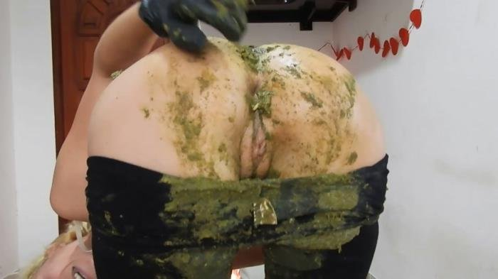 Giant Green Peas Poo In My Black Leggings [FullHD 1080p]  2020 (Actress: MissAnja)