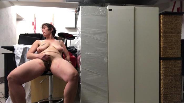 Fun in a storage [FullHD 1080p]  2020 (Actress: NoraNature)