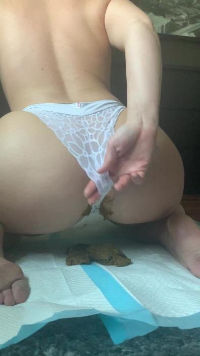 This panty poop turned real messy [UltraHD 2K]  2020 (Actress: Natalielynne699)